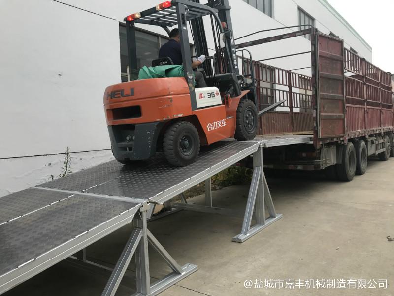 枞阳货车标准固定装卸平台安装